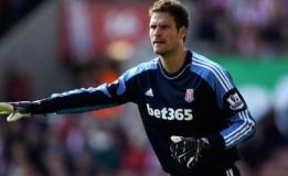 Asmir Begovic Ingin Menetap Untuk Stoke City