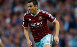Alex Song Puji Peforma Stewart Downing