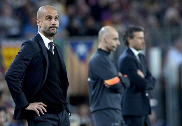 Kesampingkan Augsburg Nayern Munic Konsentarsi Lawan Barcelona
