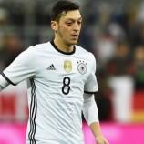 Ozil: Saya Mempunyai Ambisi Yang Tak Kalah Dengan Ronaldo
