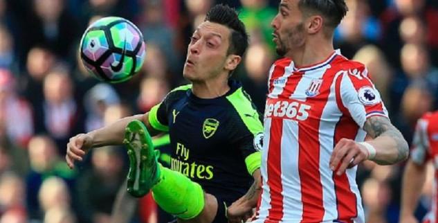 Arsenal Kalahkan Stoke Di Kandang Mereka 4-1