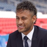 Dalam Laga Pembukaan Ligue 1, Neymar Masih Belum Bisa Tampil