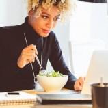 Hindari 4 Kesalahan Makan Jika Ingin Langsing