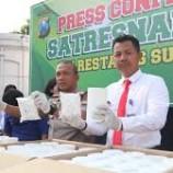 Polisi Amankan 7 Juta Butir Obat Terlarang di Surabaya