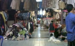 Pedagang Baju Senen Bangkit dari Kebakaran dan Bertahan di Pasar Baru