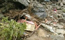 Warung Tertimpa Longsoran Batu, Wisata Sanghyang Heuleut di KBB Ditutup