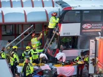 Kecelakaan Mengerikan Bus Bertingkat di Kanada Tewaskan 3 Orang
