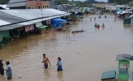Jayapura Dilanda Banjir dan Longsor, 5 Perahu Karet Disiagakan untuk Proses Evakuasi
